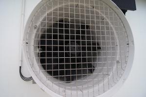 ventiladores-de-ventilacin-mnima---naves-de-reproductoras-en-ejea-de-los-caballeros 26313900512 o
